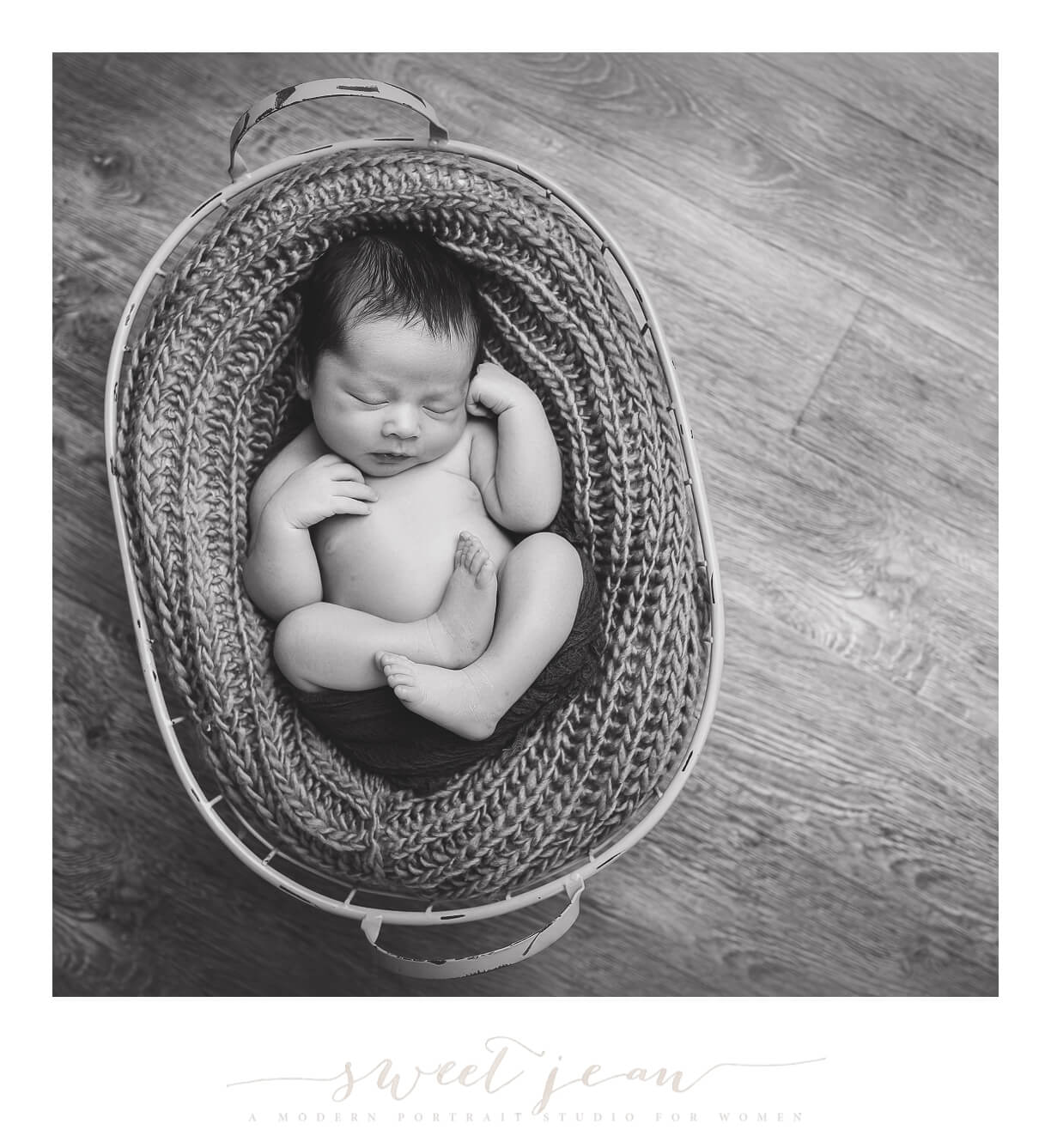 Newborn boy natural potraits roseville