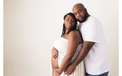 Sacramento Maternity Photographer | The Wait
